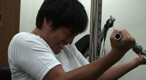 過酷なダイエットに挑戦しているチュートリアル・徳井義実(C)日本テレビ