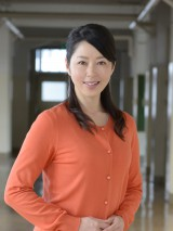 日の出学院の生徒・宗村真理役の堀内敬子=1月スタートの金曜ドラマ『夜のせんせい』(C)TBS