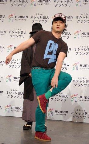 ファッションのポイントを紹介したジャングルポケットの斉藤慎二\u003d第4回『