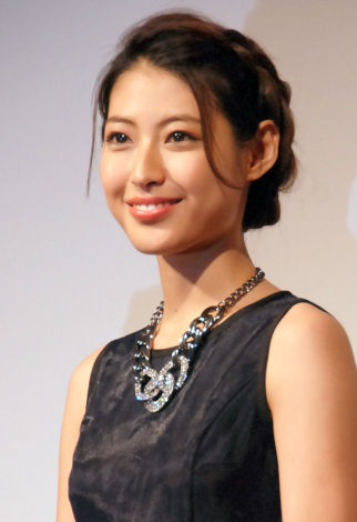 瀧本美織、V.Iのむちゃぶりに困惑「やめてください~」 | ORICON NEWS