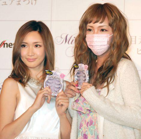 サムネイル そっくり? (左から)紗栄子&ざわちん (C)ORICON NewS inc.