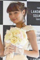 『THE LANDMARK SQUARE TOKYO』で開催された、1日限定のBIGブライダルフェアにゲスト出演した内田理央 (C)oricon ME inc.