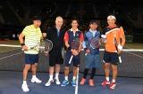 15 回記念の『スポーツ王』超大物助っ人マッケンロー参戦でテニス対決では波乱が!?(C)テレビ朝日
