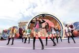 ユニバーサル・スタジオ・ジャパンでアルバム発売記念ライブを行った少女時代(写真左からサニー、ジェシカ、ユリ、スヨン、ソヒョン、ヒョヨン、テヨン、ティファニー)