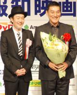 『第38回 報知映画賞』表彰式に出席した(左から)リリー・フランキー、ピエール瀧 (C)ORICON NewS inc.