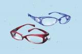 20日に発売となる眼の保湿用メガネ『JINS Moisture(ジンズ モイスチャー)』の新シリーズ