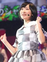 乃木坂46『Merry X'mas Show 2013』の模様(写真は生駒里奈) (C)ORICON NewS inc.