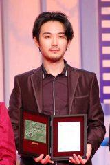松田龍平、父親超え宣言「頑張ります」