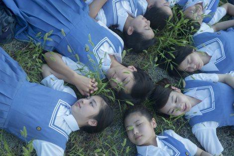 第7回東宝シンデレラ受賞者8名による、最初で最後の写真集が発売