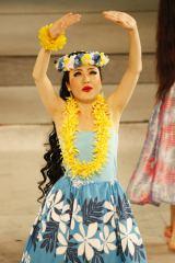 スパリゾートハワイアンズで芸能人初となる1日だけのデビューを果たした光浦靖子
