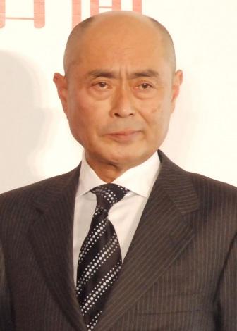 映画『ゲノムハザード ある天才科学者の5日間』の公開記念会見に出席した伊武雅刀