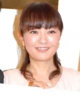 映画『101回目のプロポーズ-SAY YES-』ブルーレイ&DVD発売記念イベントに出席した丸岡いずみ