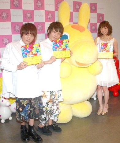 写真集『Oh! My RODY』発売記念イベントに出席した(左から)広海・深海、RODY、芹那 (C)ORICON NewS inc.