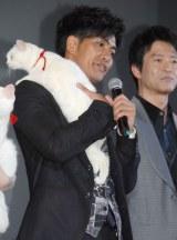 自由な猫に、四苦八苦…。映画『猫侍』完成舞台あいさつに出席した北村一輝 (C)ORICON NewS inc.