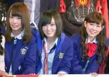 『第6回沖縄国際映画祭』イベントに出席したNMB48(左から)山田菜々、山本彩、渡辺美優紀 (C)ORICON NewS inc.