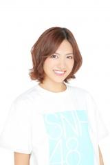 SKE48とSNH48の兼任が発表された宮澤佐江 (C)AKS