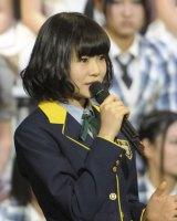 HKT48・チームHのキャプテンは、引き続き穴井千尋が務める(写真:鈴木かずなり)