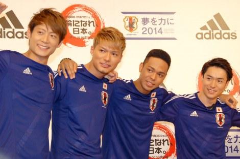 (左から)KEIJI、SHOKICHI、NESMITH、TETSUYA (C)ORICON NewS inc.