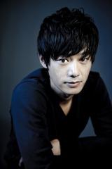 モテ男のスタイリスト・磯貝拓海役でフジテレビ系ドラマ『ファースト・クラス』に出演する平山浩行
