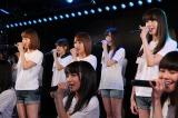 インフルエンザで休養していた小嶋陽菜はAKB48劇場に(C)AKS