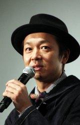 吉田監督の撮影時の悩みは中島のキラキラが止まらないこと。(C)De-View