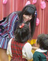 園児たちとの交流で母性本能を刺激されたHKT48・指原莉乃 (C)ORICON NewS inc.