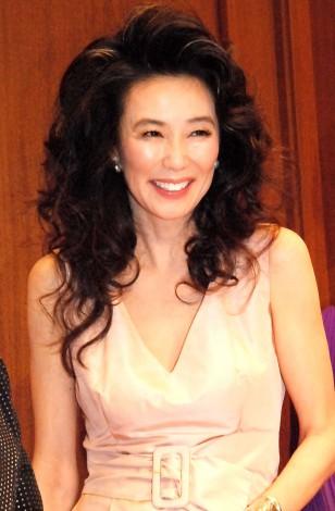 髪型がすごい萬田久子