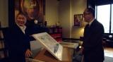 ルーヴル美術館の館長(右)と対面を果たしたビートたけし(左) (C)日本テレビ