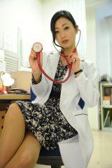 関西テレビ・フジテレビ系で4月8日スタートのドラマ『ブラック・プレジデント』に、壇蜜の出演が決定。ブラック企業の女医役で世の男性を魅了する(C)関西テレビ