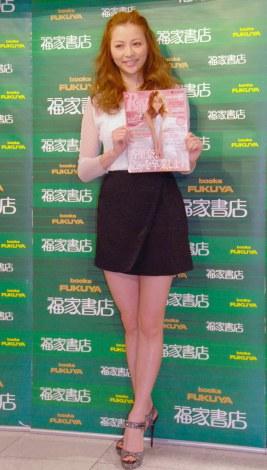 ファッション誌『Ray』専属モデル卒業記念イベントに出席した香里奈 (C)ORICON NewS inc.