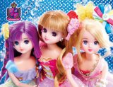アイドルユニット『HGS』としてデビューする、(左から)ツバサちゃん、リカちゃん、ミサキちゃん。
