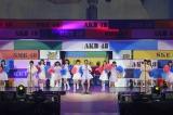 HKT48さいたまスーパーアリーナ単独コンサート『AKB48グループ 春コン in さいたまスーパーアリーナ〜思い出は全部ここに捨てていけ〜』よりキャンディーズの「春一番」を披露 (C)AKS
