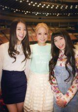 『WHAT's SMA?』より西野カナ(中央)×高田里穂(左)×トミタ栞(右)