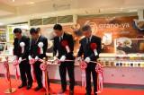 大阪・阪神梅田本店に誕生した「グラノーラ」の専門店『grano-ya(グラノヤ)』、オープン前にはオープニングセレモニーも行われた (C)oricon ME inc.