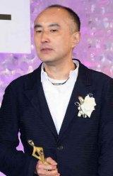 「東京ドラマアウォード2012」の授賞式に出席した遊川和彦 (C)ORICON DD inc.