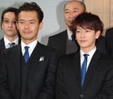 親子刑事役で共演する(左から)渡部篤郎、佐藤健 (C)ORICON NewS inc.