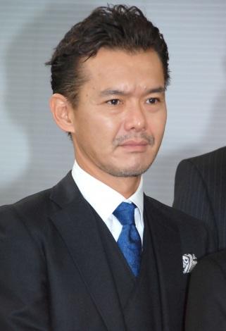 フジテレビ系ドラマ『ビター・ブラッド〜最悪で最強の親子刑事〜』制作発表会に出席した渡部篤郎