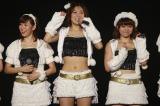 SKE48劇場デビューを飾った(左から)渡辺美優紀、宮澤佐江、山内鈴蘭(C)AKS