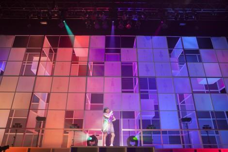 新曲を含む全13曲を歌い上げた武藤彩未