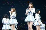 (左から)村重杏奈、柏木由紀、山本彩=NMB48単独コンサート『AKB48グループ 春コン in さいたまスーパーアリーナ〜思い出は全部ここに捨てていけ〜』さいたまスーパーアリーナ公演 (C)AKS