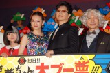 (左から)木村真那月、北川景子、GACKT、小日向文世 (C)ORICON NewS inc.