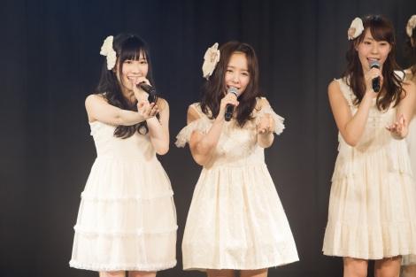 写真左から矢倉楓子、山田菜々、藤江れいな 新チームM『RESET』公演初日(C)NMB48