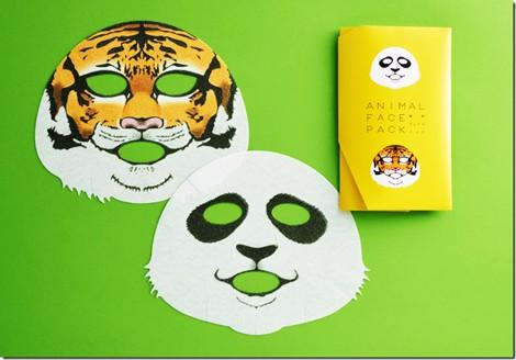 サムネイル ジャイアントパンダとスマトラトラの顔を描いた『動物フェイスパック』(一心堂本舗) 2枚入り税込880円
