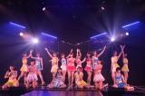 公演表題曲「シアターの女神」を披露(8日=HKT48劇場)(C)AKS