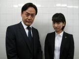 (左から)小木茂光、AKB48の高城亜樹