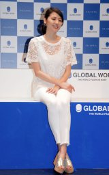 大人なパンツスタイルを披露した長澤まさみ=GLOBAL WORK『20TH ANNIVERSARY THE LAUNCH EVENT 2014』 (C)ORICON NewS inc.