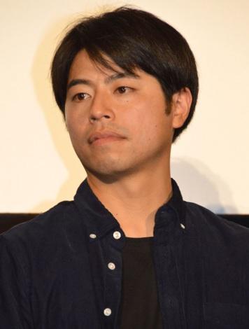 映画『ぼくたちの家族』初日舞台あいさつに出席した石井裕也監督 (C)ORICON NewS inc.
