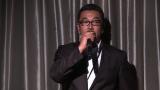 「博多から1位奪い返す!」ファンの前でコメントするAKB48劇場の湯浅洋支配人 (C)AKS