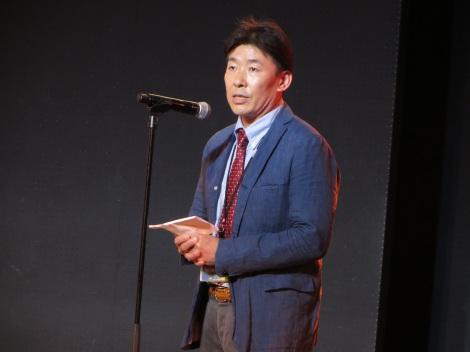 HKT48劇場の尾崎充支配人 (C)AKS