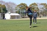 カミソリシュートを決める太田宏介選手(C)Jリーグ×キャプテン翼 DREAMSHOOT製作委員会